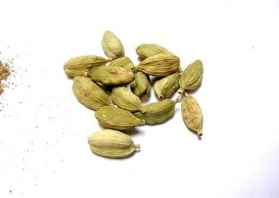 Elaychi (Green Cardamom)